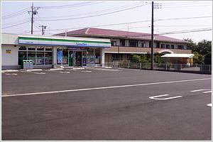ファミリーマート様駐車場舗装工事